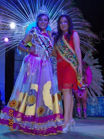 reina-de-carnaval-2017-junto-a-la-reina-saliente