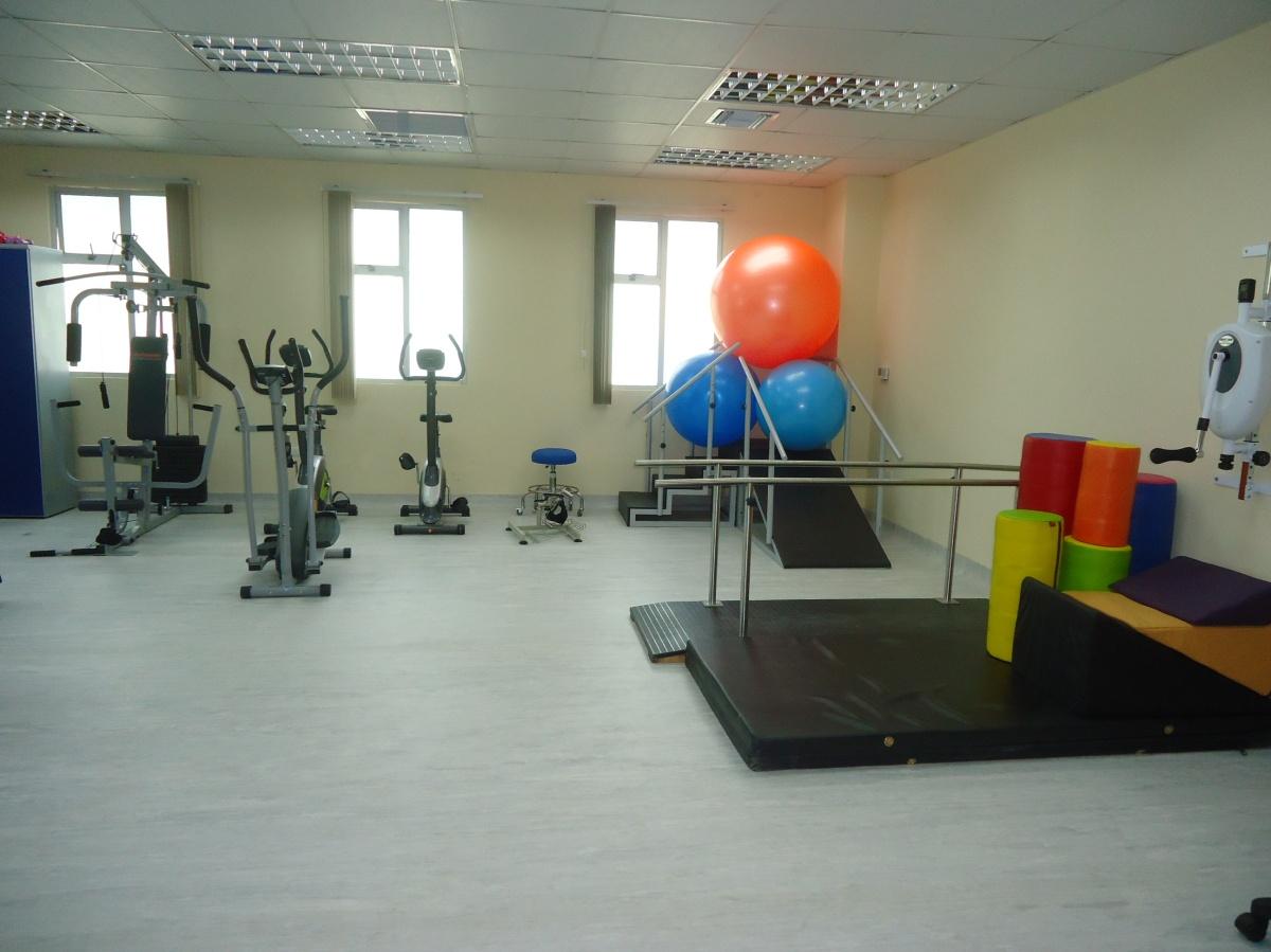 Sala de terapia física, que brinda el Centro de Salud tipo C