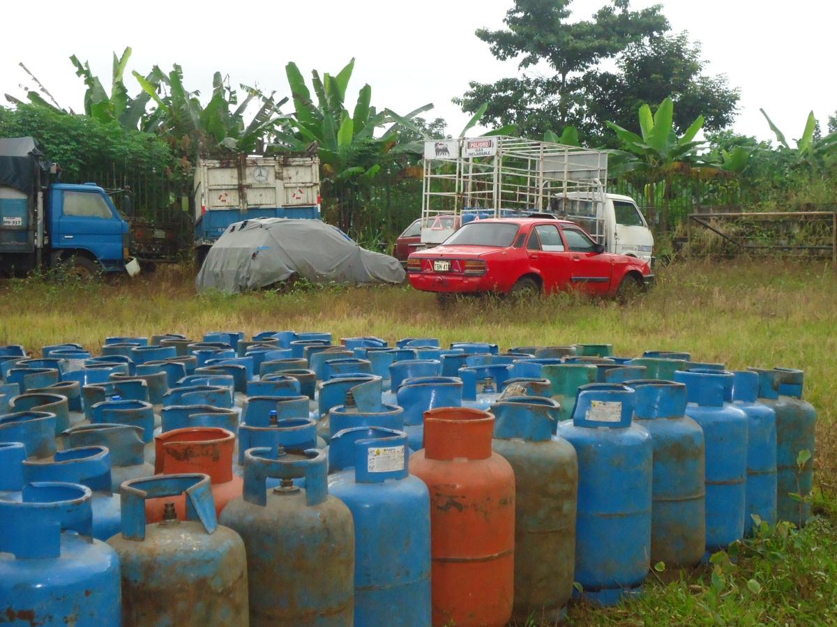 Cilindros de gas licuado de petróleo que fueron decomisados